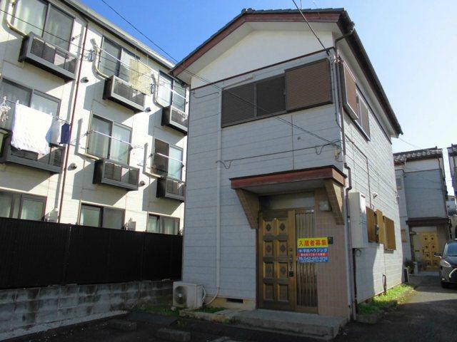 散田町5丁目貸家の外観写真
