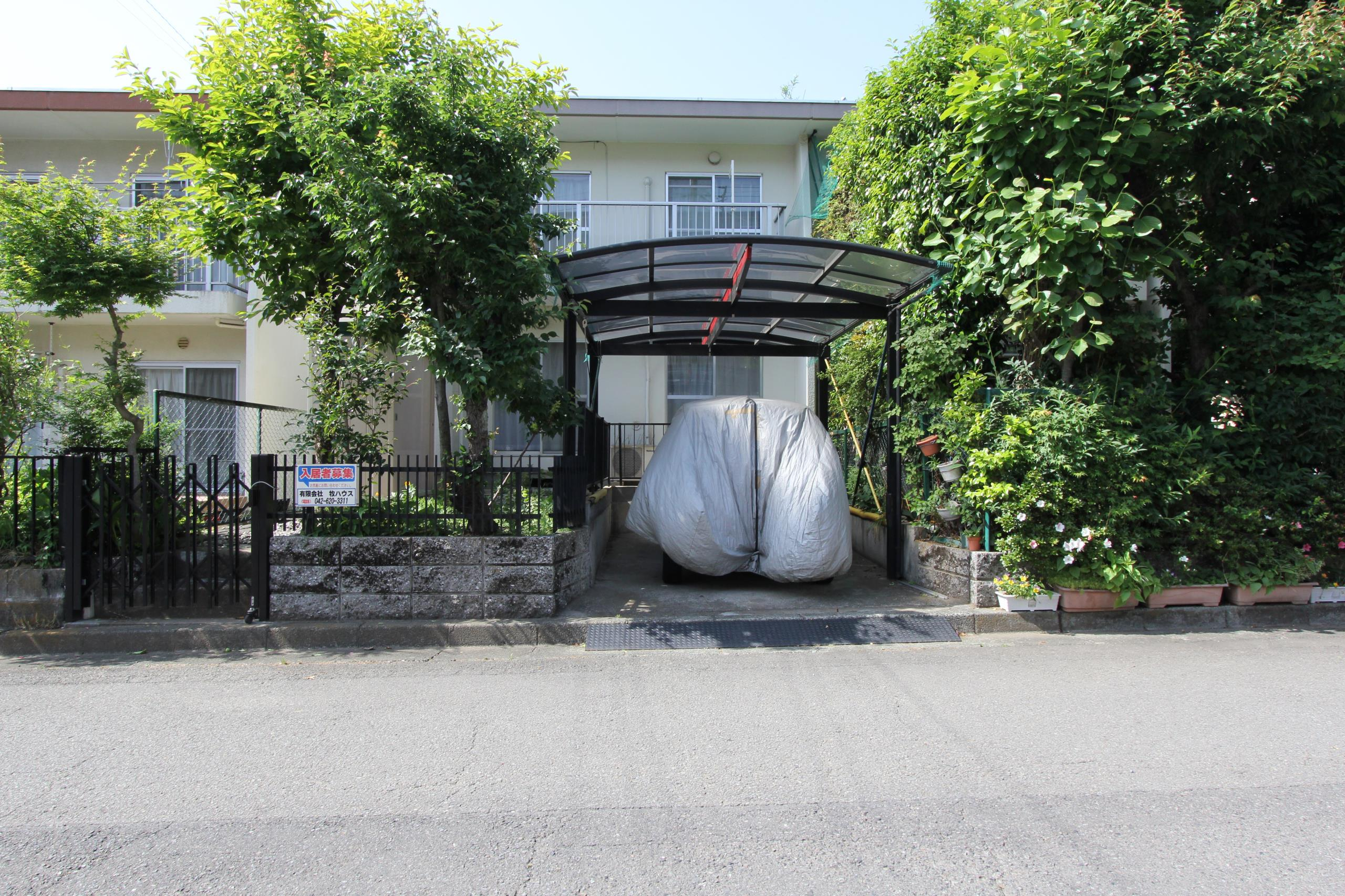 京王山田テラスハウスの外観写真