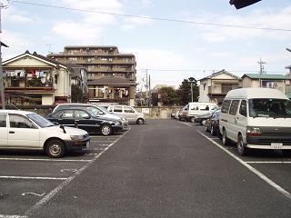 八幡神社駐車場の写真