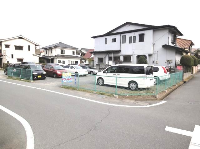串田散田1丁目駐車場の写真