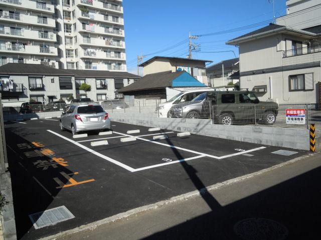 元横山パーキング�Uの写真