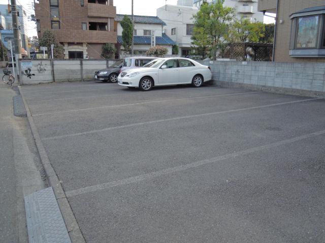 子安第1駐車場の写真